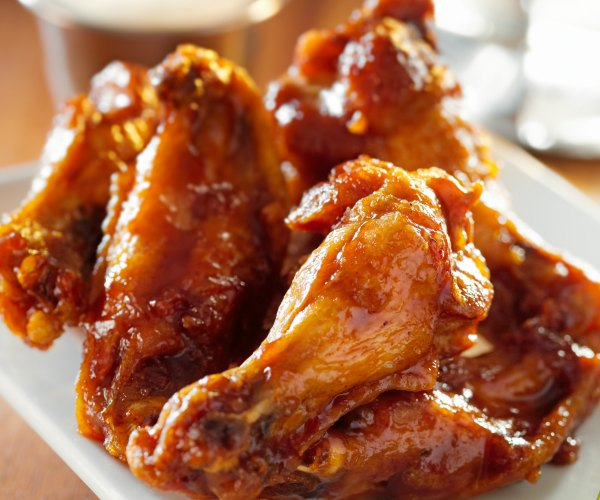 Where to get good BBQ wings on Hilton Head